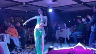 Maris dancing