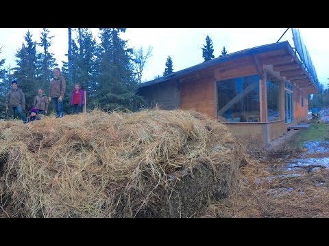 Big Steaming Pile: Off-Grid Space Heating with Compost