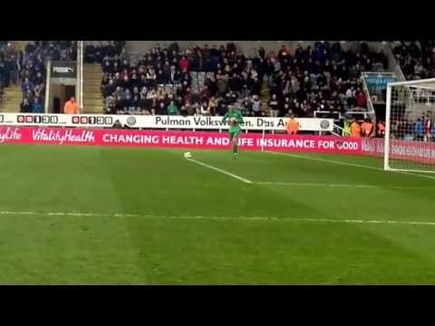 NUFC v Man Utd 4/3/15 Goal Kick David De Gea  #gallowgate
