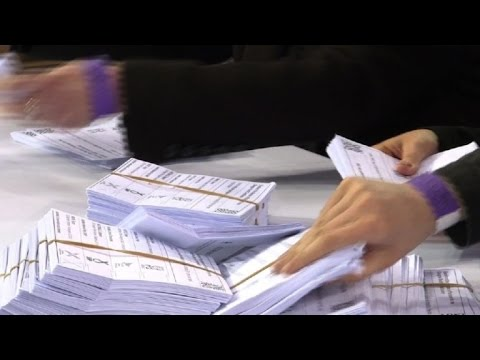 UK election: Vote counting starts in Glasgow