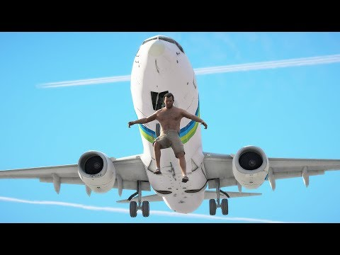 Passenger Jumps Out Of Boeing 737 Max Dreamliner | GTA 5