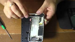 Iphone 4 не работает датчик приближения(Iphone 4 подробная разборка телефона, так же замена шлейфа кнопки включения и датчиков приближения и микрофона..., 2015-09-06T19:14:50.000Z)