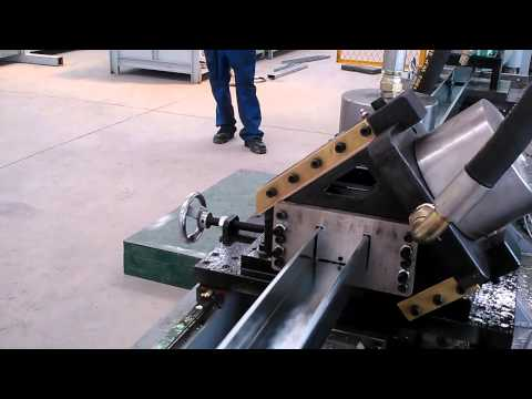 continuous cut and punch stud, drywall roll forming machine