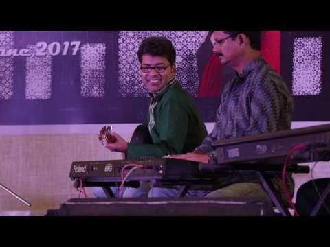 Yun Saja Chaand Ke Chalka Tere Andaaz Ka Rang by Devyani Mujumda