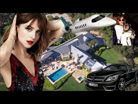 Dakota Johnson Lifestyle 2017 Mansion Biography Family Cars & Pets