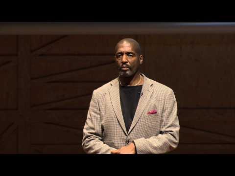 Sculpting a grain of sand | Willard Wigan | TEDxInstitutLeRosey