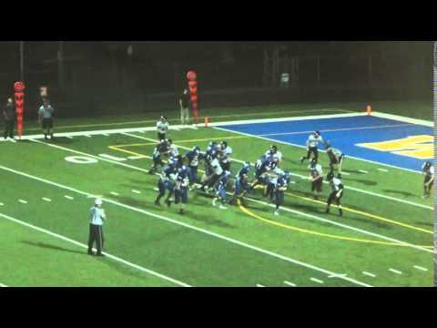 Logan Middle David Early scores TD on sweep play