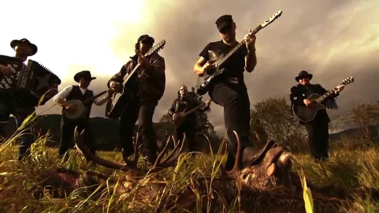 Vassendgutane - Cowboyhatt og Hjortevest