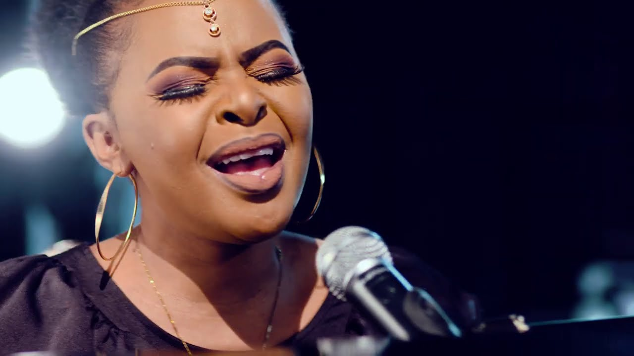 LIFT MY HANDS BY SIZE 8 [Official Video]