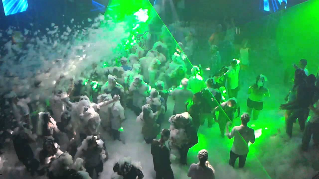 Energy 2000 Przytkowice - Piana Party 16.08.2013 (III) - YouTube