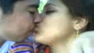 karachi girl kiss so smoth