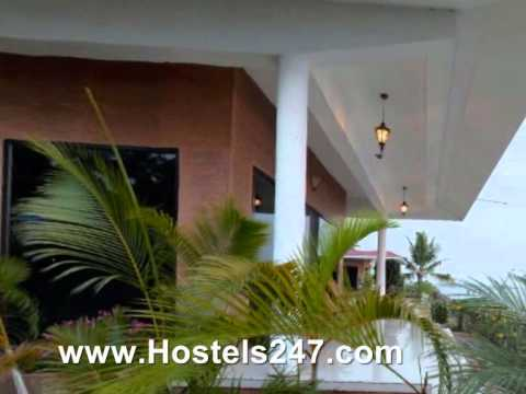 Lake Symphony Resort Hotel In Cochin Video By Hostels247