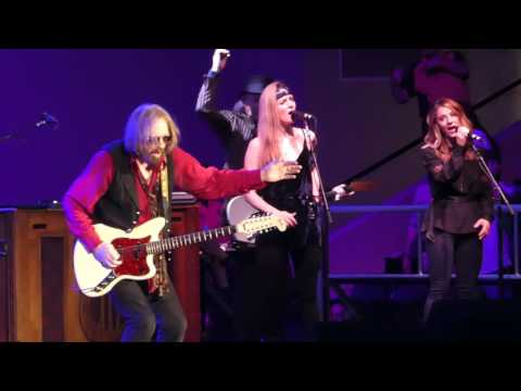 """American Girl"" Tom Petty & The Heartbreakers@Royal Farms Arena Baltimore 7/23/17"