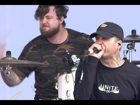 """The Amity Affliction release new song/video """"Feels Like I'm Dying"""" off album Misery"""