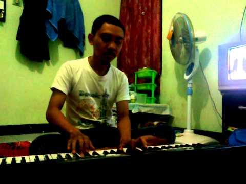 maudy ayunda-perahu kertas (piano cover by rifky)