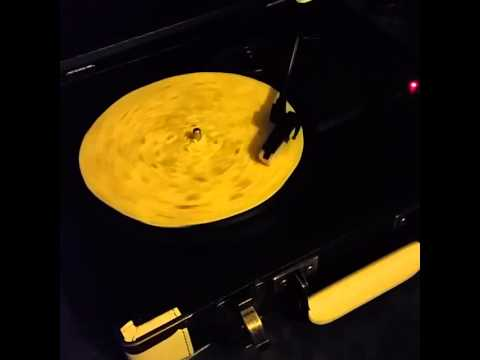 What a tortilla sounds like on a record player