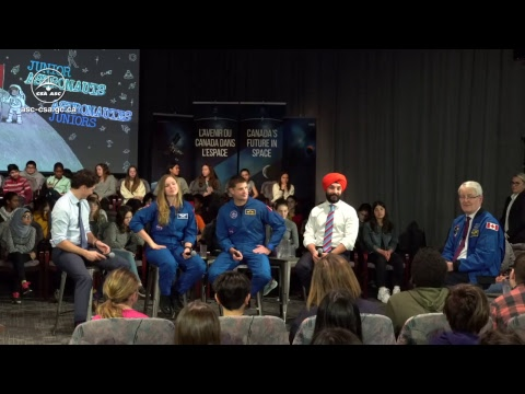 LIVE – Prime Minister Justin Trudeau speaks with Canadian students about space exploration