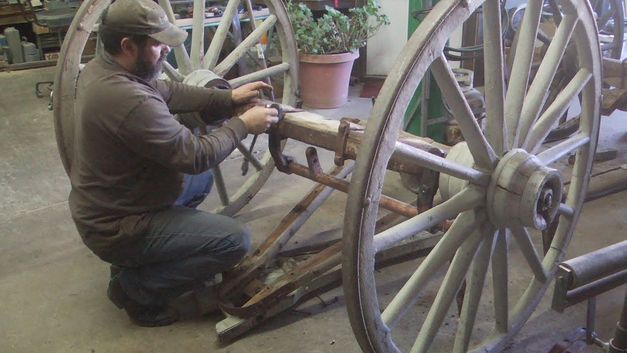 Studebaker Wagon Gear Repairs Front Axle Wheelwrights Shop Youtube