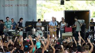 Hellogoodbye! - Here (In Your Arms) {Warped Tour 2011 Dallas}