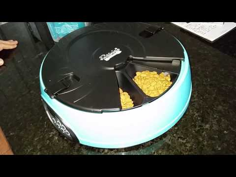 Qpets 6-Meal Automatic Pet Feeder 2