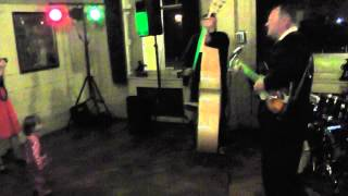 HOUSEROCKERS Shorty The Barber JANINE & NICK HOADLEY WEDDING Groom on bass