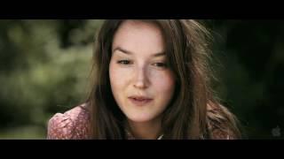 Elles (Theatrical Trailer)