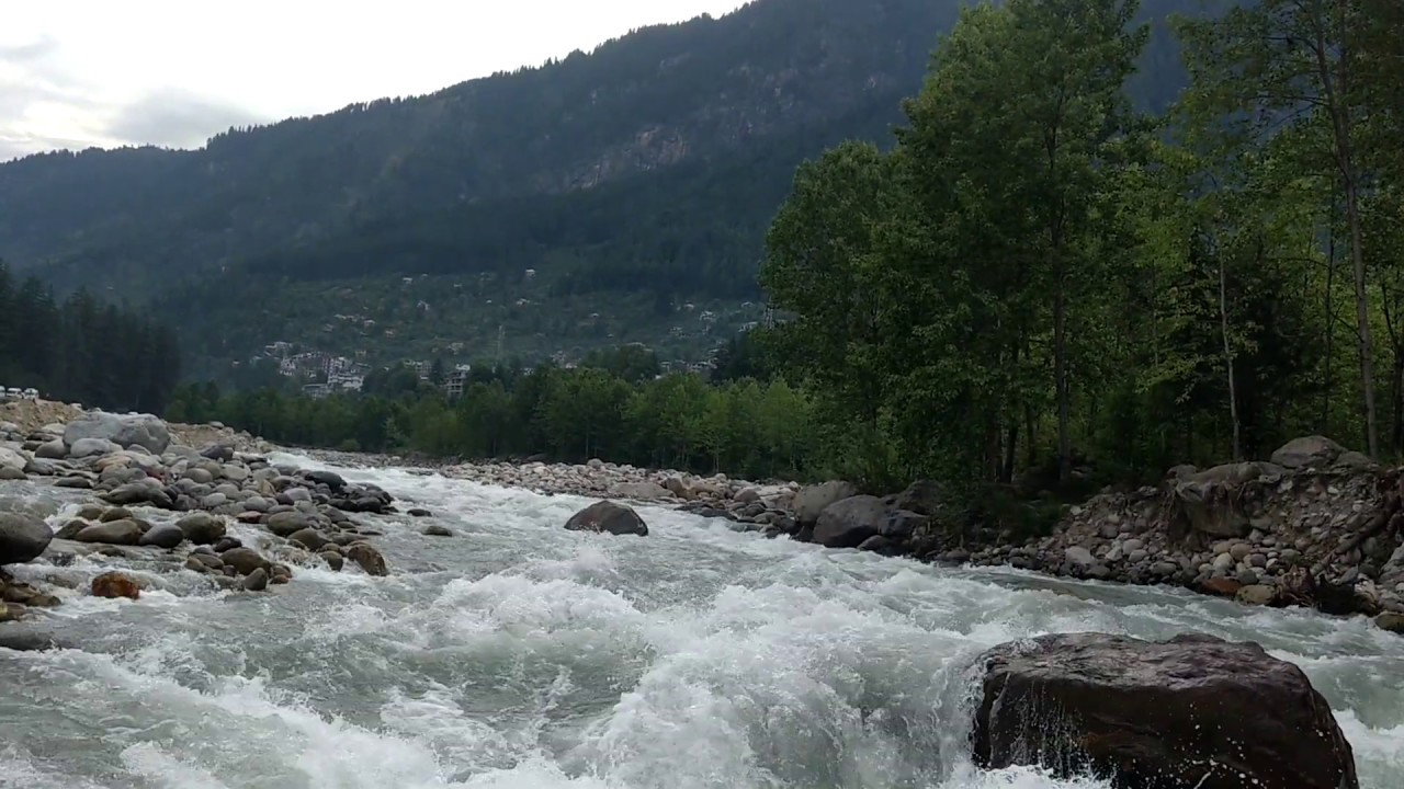 A beautiful morning with the gurgling sound of Beas River, Manali || Himachal Pradesh || India