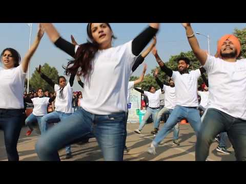 Chandigarh Infosys IT Park Flash Mob | Swachh Bharat Abiyan | Clean India Movement