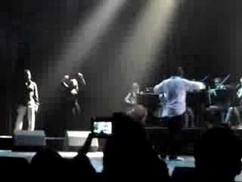 Kanye West Performing BitterSweet Symphony