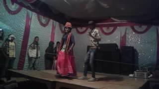 Pani chuluk Gael kueya me Shibodh Kumar bhojapuri song dans
