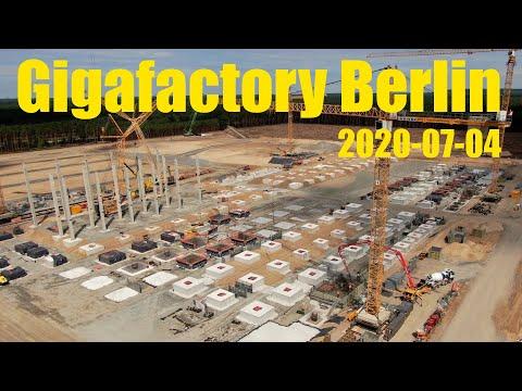 Giga Berlin | 2020-07-04 | More columns and footings