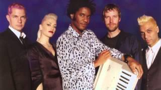 """No Doubt - """"Hella Good"""" (Acoustic) (BBC Radio) (2002)"""