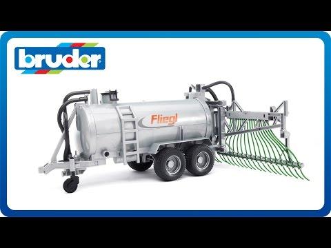 Bruder Toys Fliegl Barrel Trailer w. Spread Tubes #02020