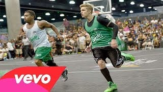 all justin bieber s close ups funny moments at bet celebrity basketball game in la june 28 2014