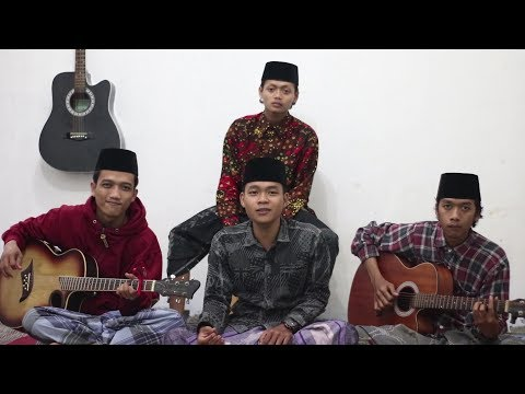 Qomarun Cover SURYACOUST (MUSIC NIN) By: Mafahirul & Kawan2   Versi Akustik