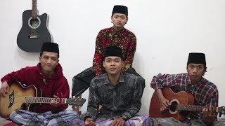 Qomarun Cover SURYACOUST (MUSIC NIN) by: Mafahirul & Kawan2 | versi Akustik