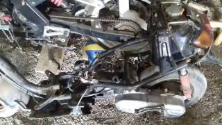 Yamaha jog sa12j  работает без карбюратора .