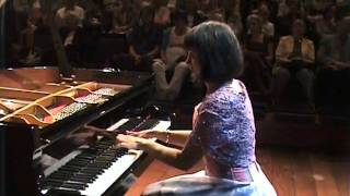 Chopin - Waltz Op. 70 No. 1 in G flat major, Iskra Mantcheva, piano
