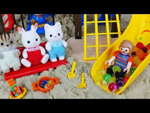 Baby doll and Sylvanian Families Sand play PLAYMOBIL Playground toys play 플레이모빌 놀이터 아기인형 실바니안 장난감놀이