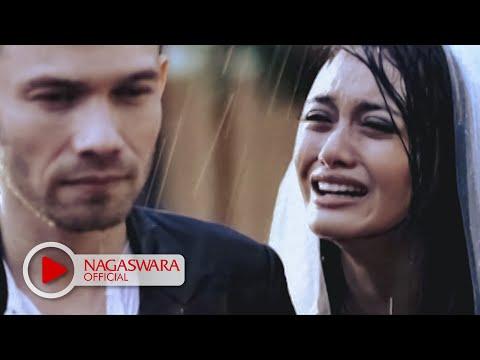 Iniaku Band - Jangan Teteskan Air Mata (Official Music Video NAGASWARA) #music