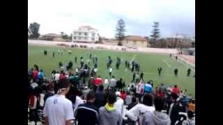 دخول جماهير شباب حي موسى إلى الملعب