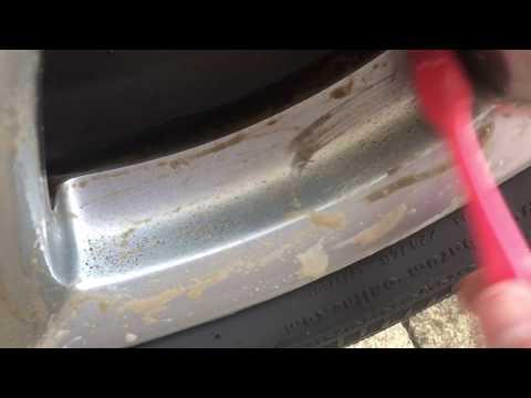 Cheap alloy wheel cleaner