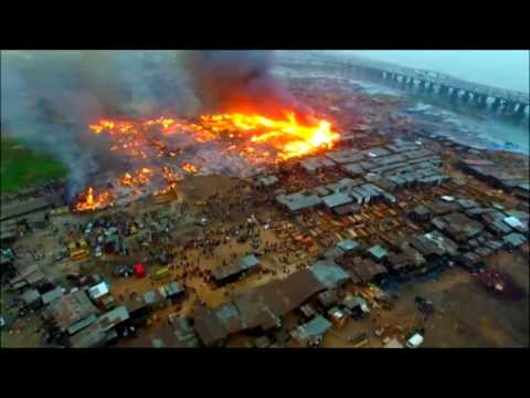 Dozens of homes destroyed in Nigerian fire   firefighting