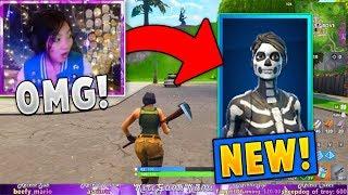 Gifting Streamers the *NEW* Skull Ranger Skin! (Fortnite)