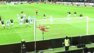 Sebastian Larssons frisparksmål mot Malmö FF filmat från publiken!