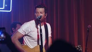 Brett Eldredge - Love Someone (Live)
