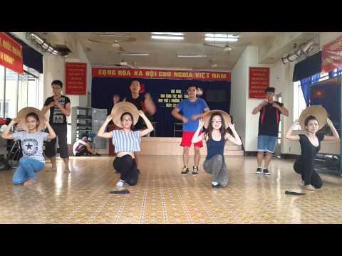 *Smile dance group Bức họa đồng quê *