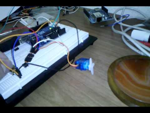 Controlando servo-motor com arduino e potenciômetro