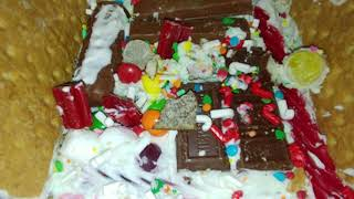 How to make eggs/ review of my gingerbread house