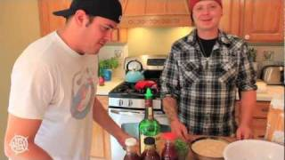 Easy Bbq Chicken Pizza On The Grill With Ole Ray's Bbq Sauce And Alligator Bayou Bbq Sauce